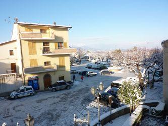 Piazza Mazzini sotto la neve
